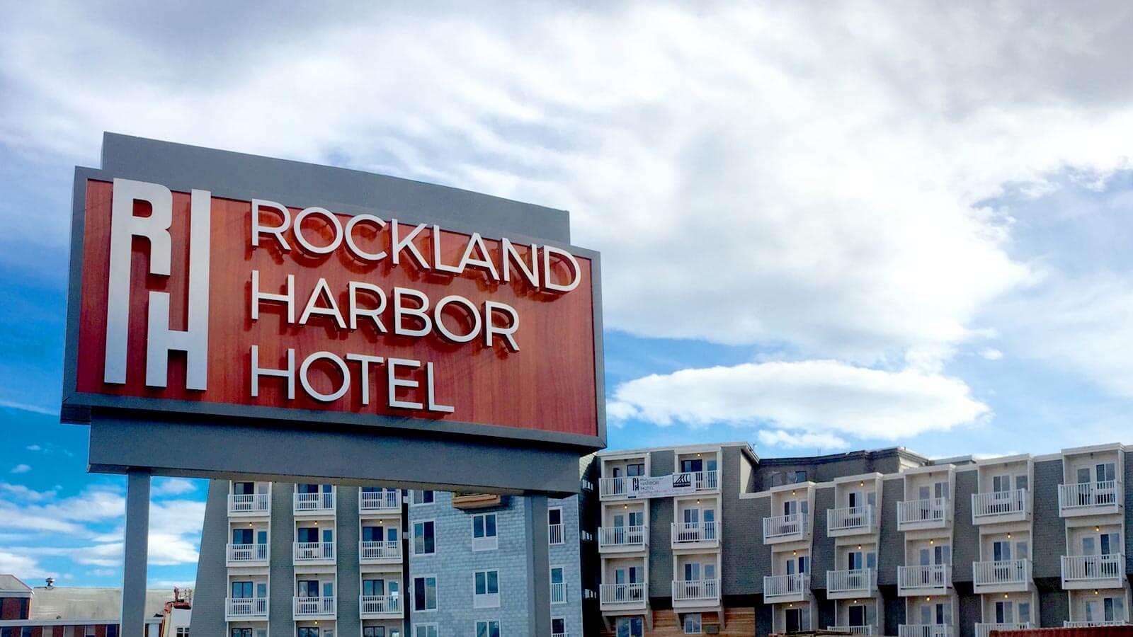 View of Rockland Harbor Hotel Sign